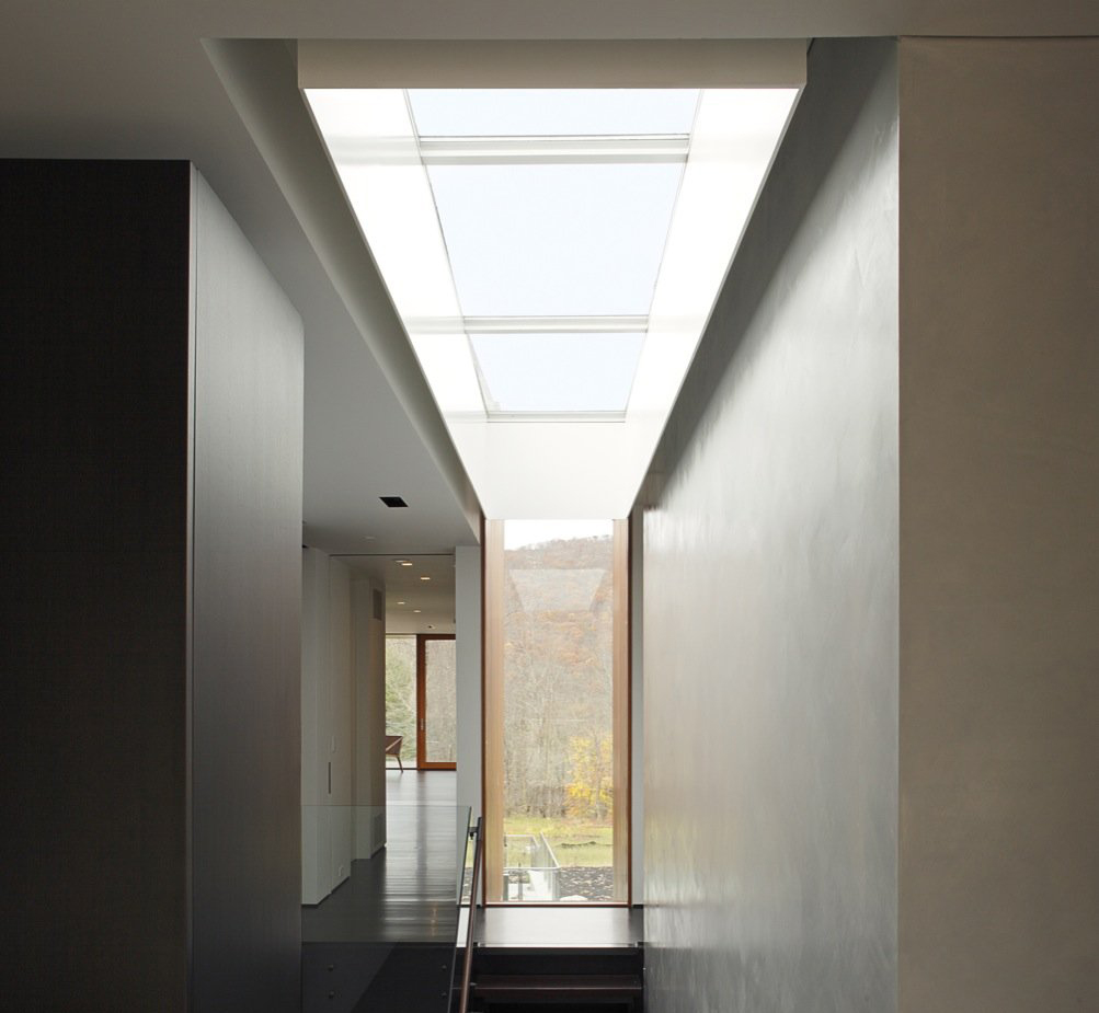 Skylights Natural Light In The Contemporary Home Studio
