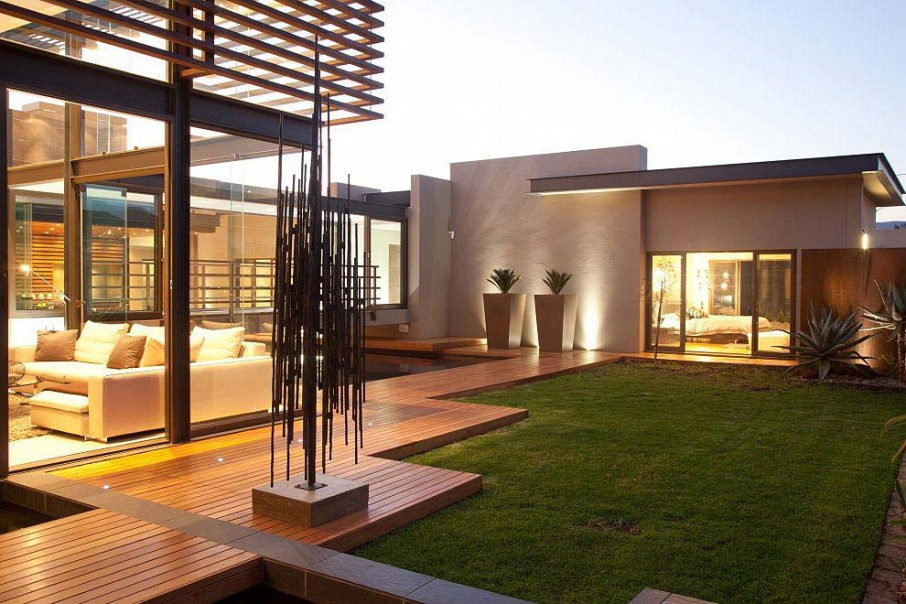 Home inspiration modern garden design studio mm architect for Modern house with garden