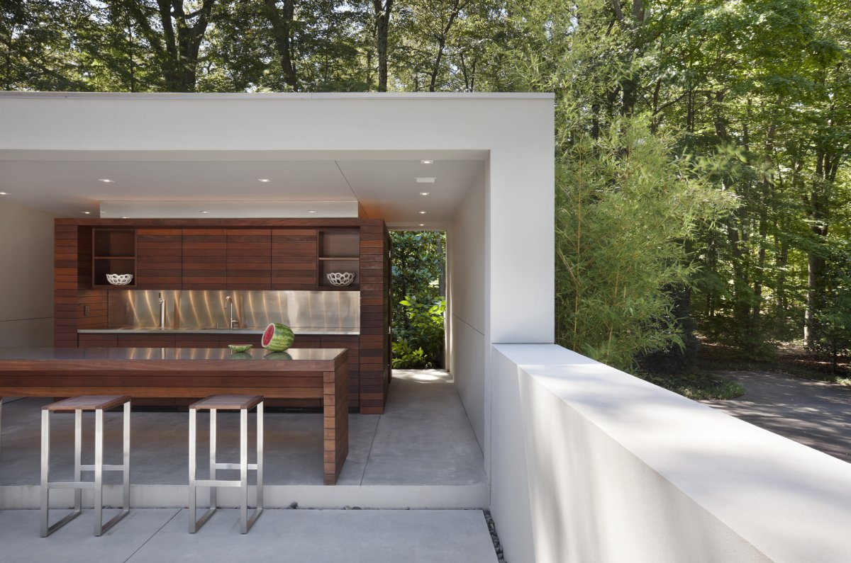 Home Design Inspiration: Modern Outdoor Kitchens