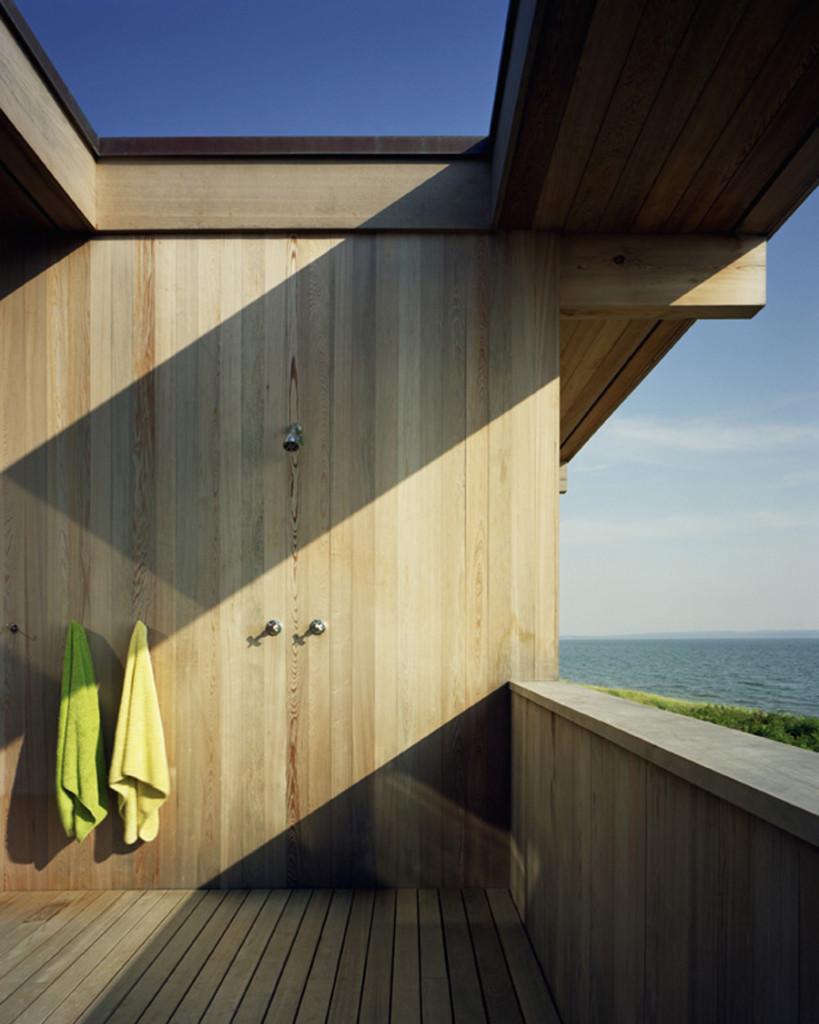 Modern Outdoor Shower Ideas