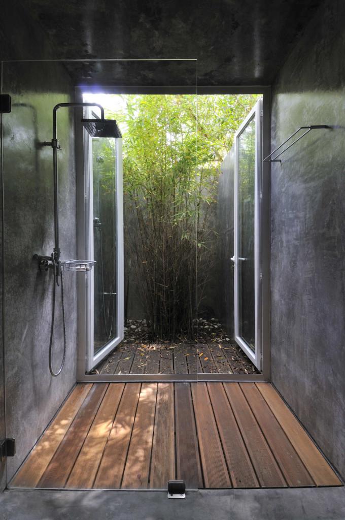 Modern Home Design: Outdoor Shower Ideas