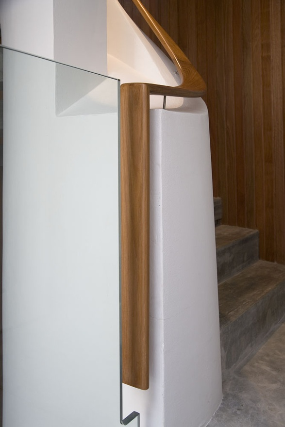 Modern Handrail Design Details