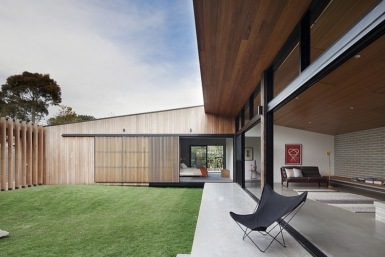 The Modern Courtyard House