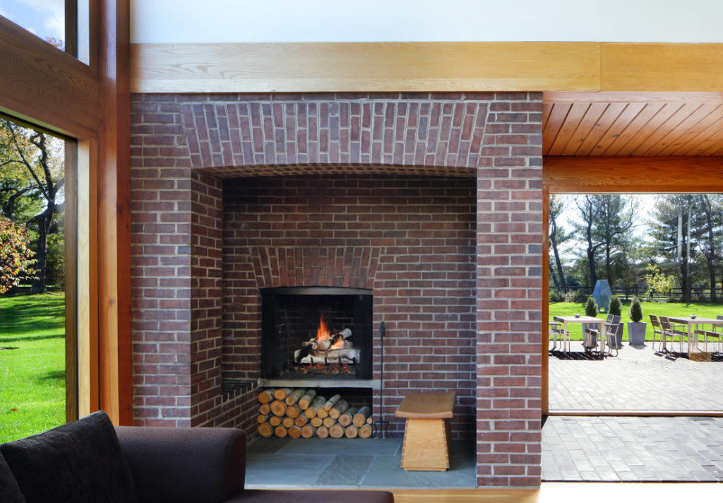 Modern Residential Architecture: Cozy Fireplaces
