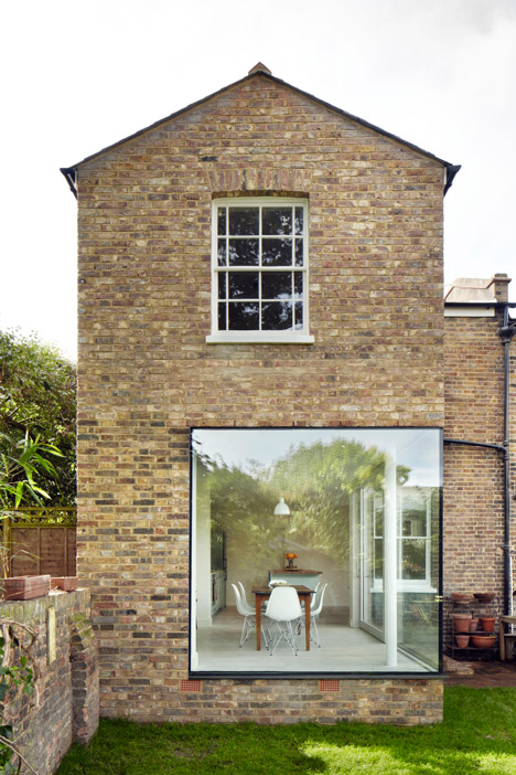 Residential design inspiration modern picture window for Modern architecture house london