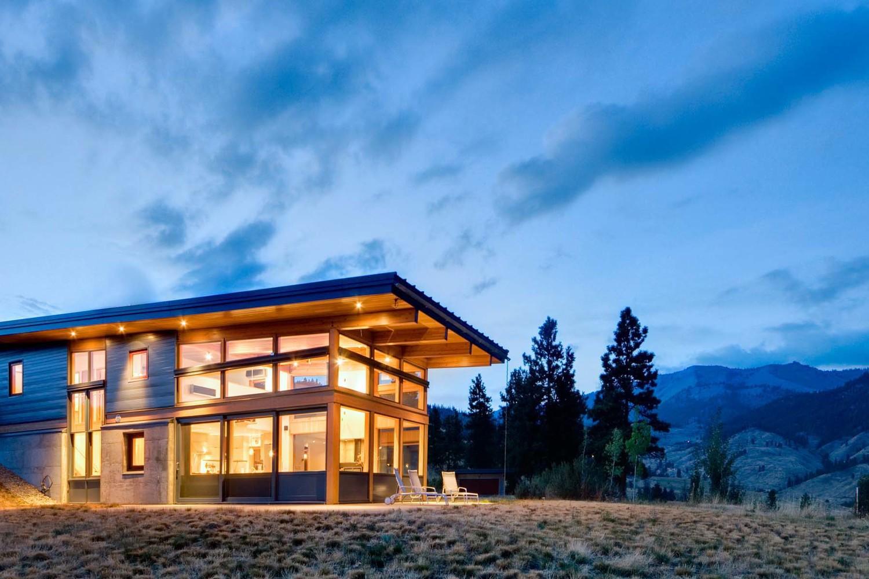 Design inspiration modern cabin love studio mm architect for Canyon house