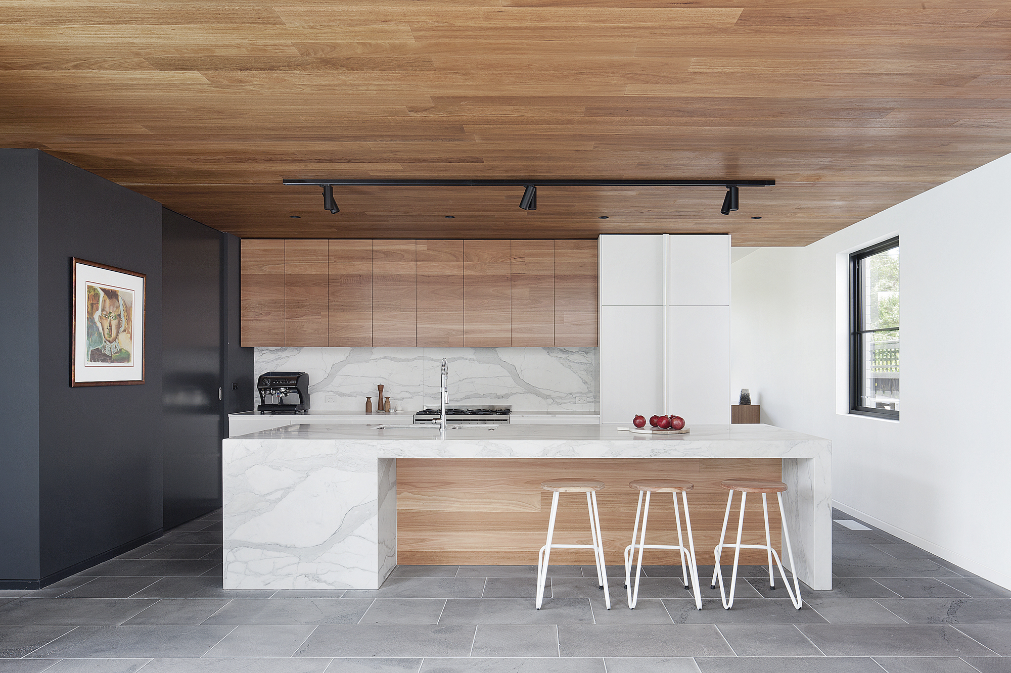 Residential design inspiration modern wood kitchen for Cuisine contemporaine