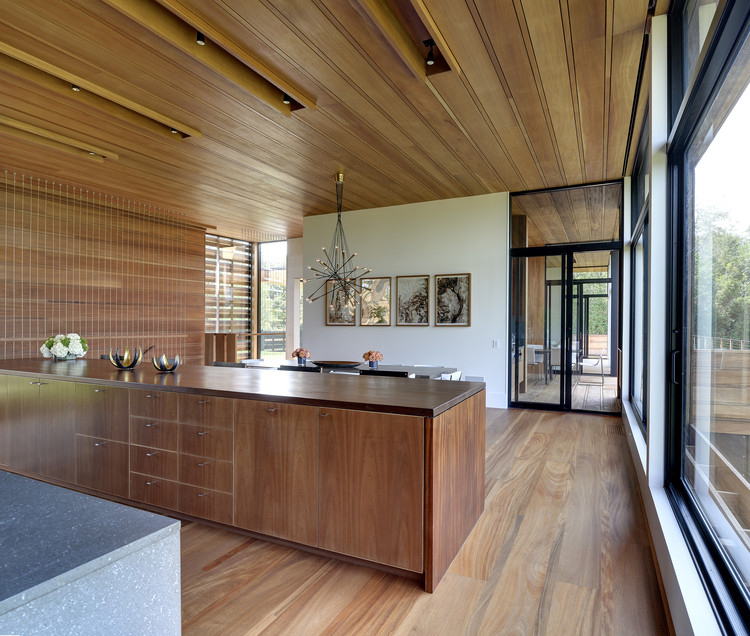Modern Residential Design: Modern Wood Kitchen Design