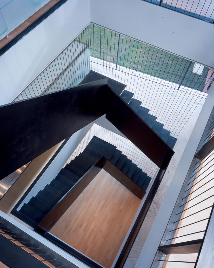 Modern Stair - Continuous Metal Stairs