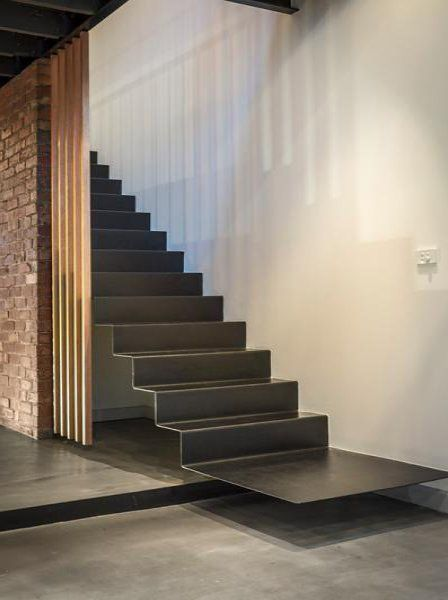 Modern Stair Design Ideas: Continuous metal stairs