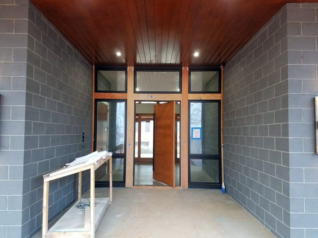 Design is in the Details : Modern Entryway