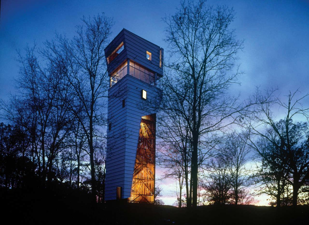 Modern design inspiration tower house studio mm architect for Tower house design