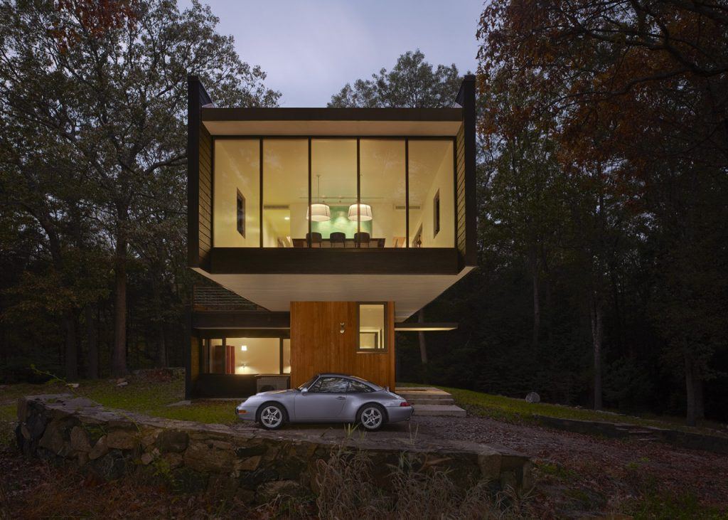 Modern Homes with Cantilevers