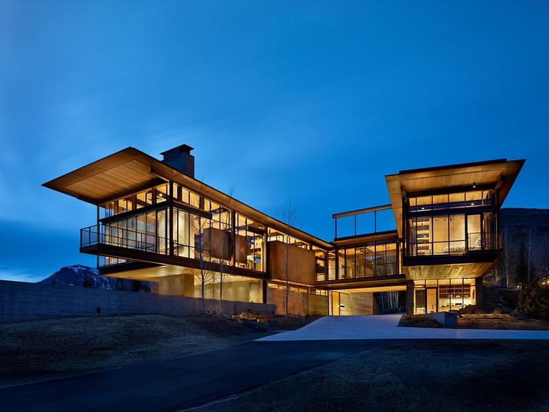 Modern Design: Cantilevered Residences