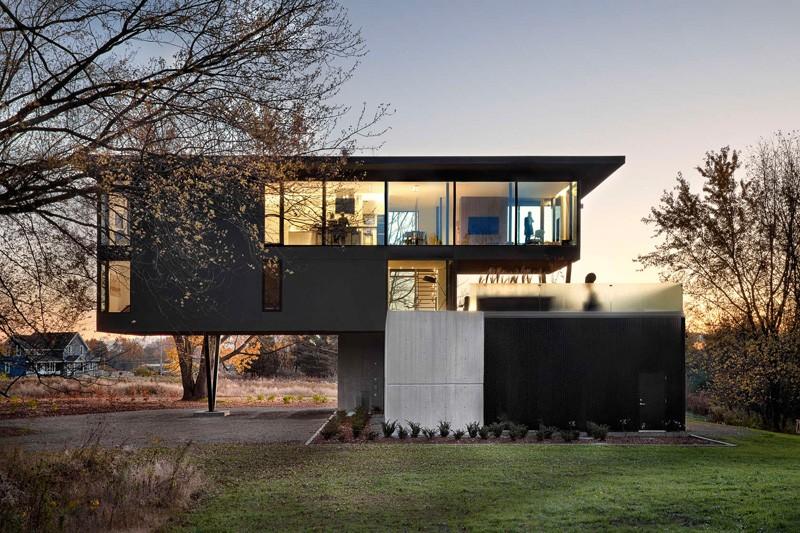 Contemporary Home Design: Cantilevers