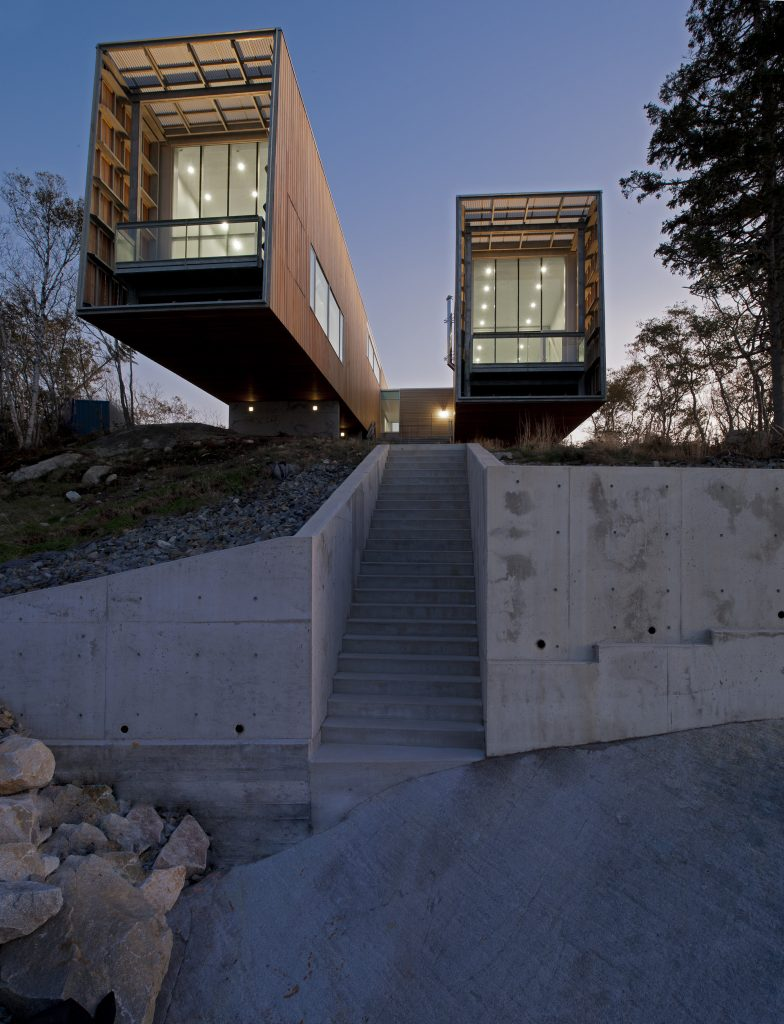 Cantilevered Homes - Modern Residential Design Inspiration