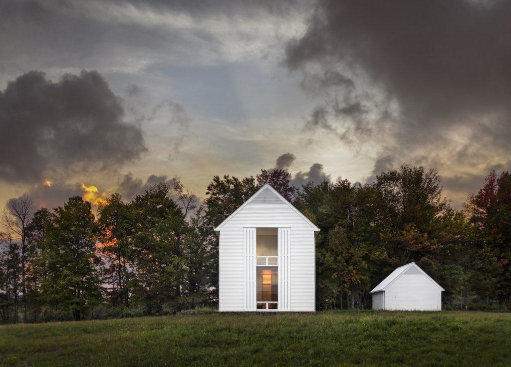 Residential Design Inspiration - Modern Farmhouses
