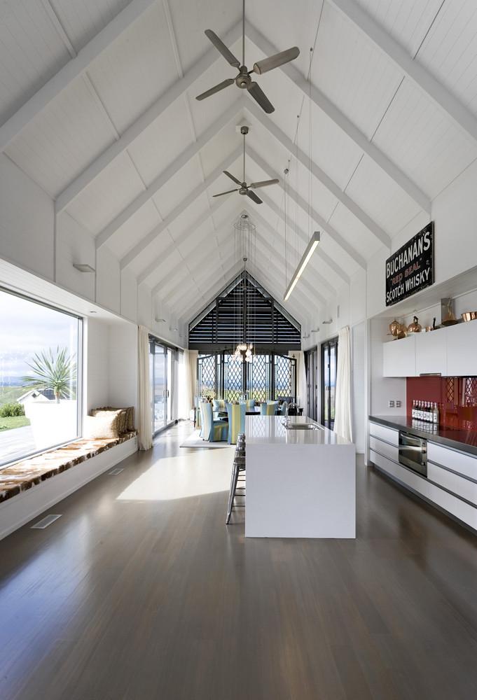 Modern Farmhouse - Contemporary Home Design Inspiration