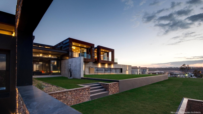 Modern Homes Using Concrete