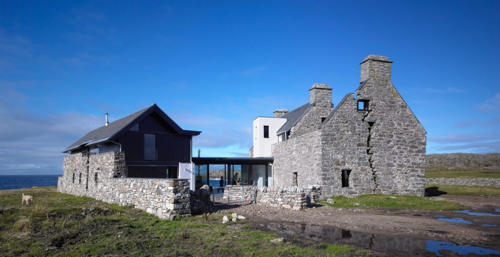 Design Inspiration: Modern Renovation to an Old Stone House