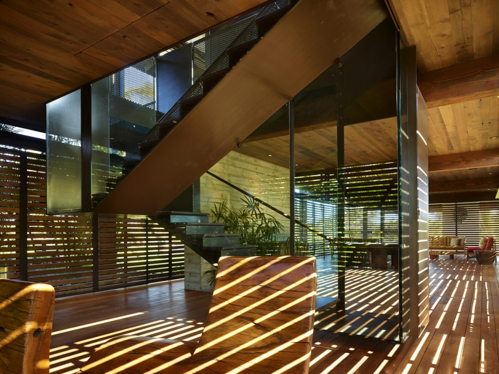 A Play with Light and Shadow in Residential Architecture