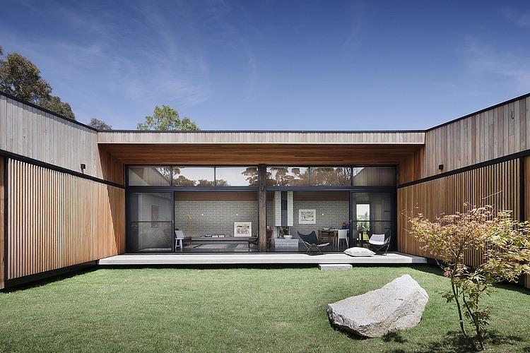 garage extension ideas nz - Design Inspiration The Modern Courtyard House Studio MM
