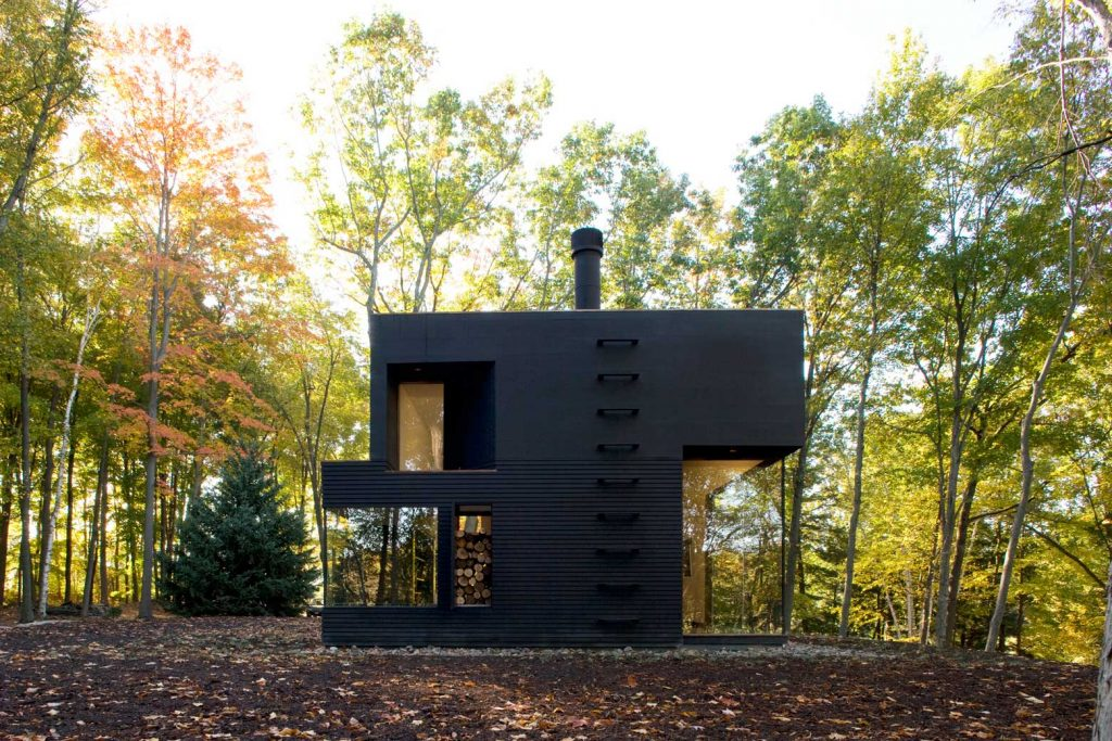 Modern Design Inspiration: Black Houses